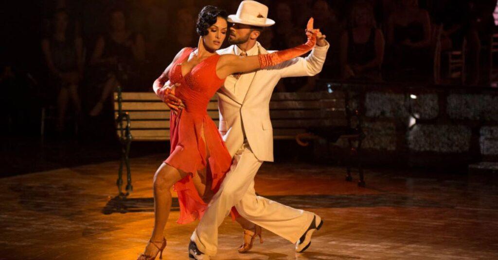 bella dancing
